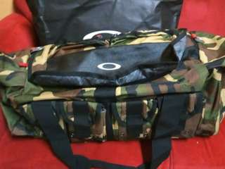 Tas Oakley Travel size L