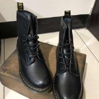 Mr.Martens 8孔馬丁鞋 馬汀大夫 馬汀靴 軍靴 經典款