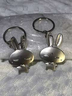 2 pcs of metal bunny keychain. As per picture. Free mailing