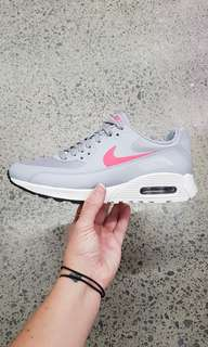 Nike Air Max 90 Ultra size 7,7.5, 8, 8.5,9