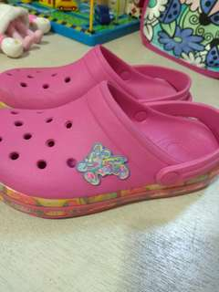 Crocs -- preloved