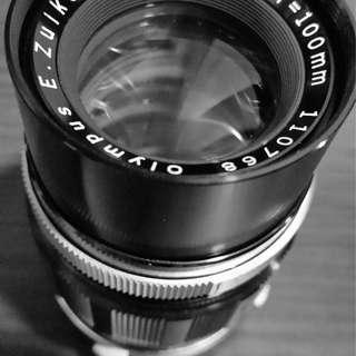 Vintage lens Olympus OM 100mm F3.5