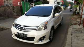 Nissan Grand livina Xv Automatic 2013