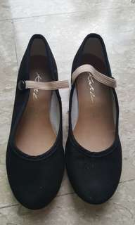 Ballet character shoes - size 13