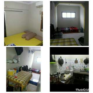rumah di kontrakan(home yellow)