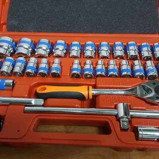 Big Box Super Quality 32pcs Dr. Socket set + Hexkey set