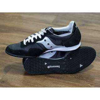 Saucony Lifestyle Originals Bullet Shoes (Black / Silver) Men Size 9.5