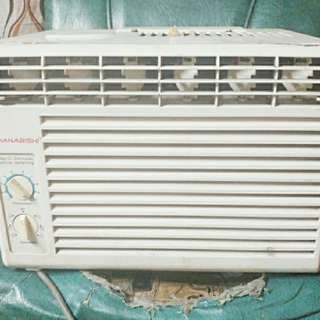 Aircon Hanabishi Window Type 0.5HP