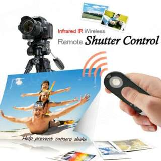 Wireless shutter control