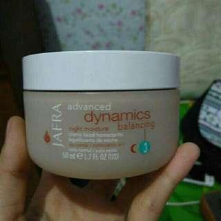 Jafra advanced dynamics balancing night moisture cream