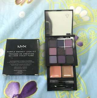 NYX  PURPLE SMOKEY LOOK KIT with LIP COLOR