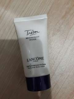 Body lotion treasor lancome