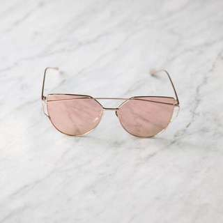 El Roy Blush Sunglasses