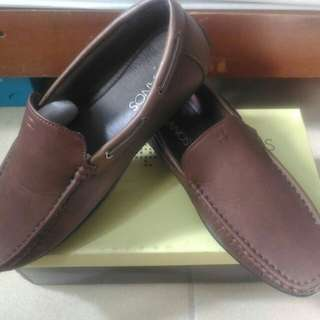 MILANOS brand new Loafers (Brown)