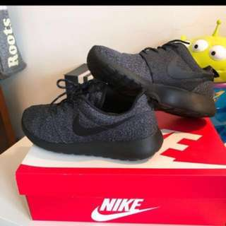 Nike Roshe Run(幾乎全新) #含運最划算