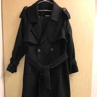 🚚 (全新)冬季新款黑色大衣《🉑️議》