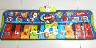BRUIN Piano Mat + Guitar Combo