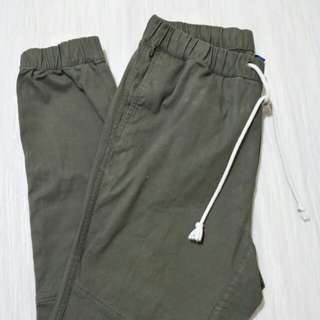 Repriced: H&M - Divided Chino Jogger Pants