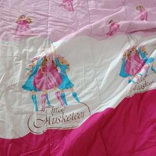 #barteryuk Bed cover barbie. No sprei