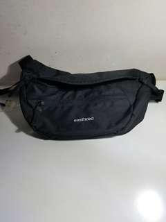 Waist bag local brand size besar