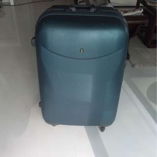 Hush Puppies luggage (Large) for Sale