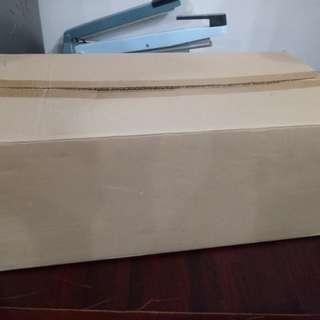 9成新雙層紙箱