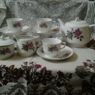 Teapot Set  (set 2 tone rose)