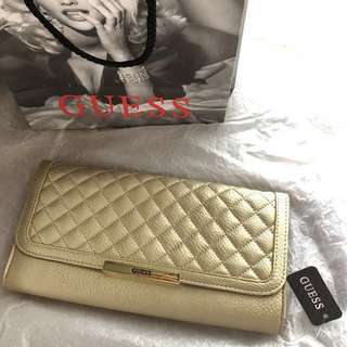 Clutch Guess authentic