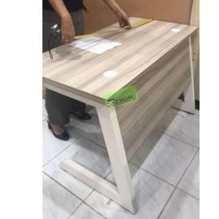 A26- free standing table - office furniture - partition