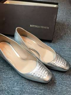 Bottega Veneta (BV) silver shoes
