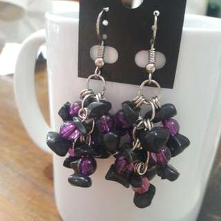 Gemstone chips and beads bunch earrings