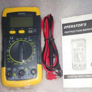 Digital Multimeter With Backlit Display