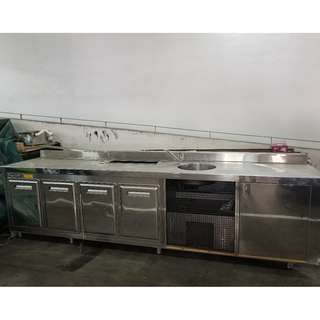 Stainless steel working table with 4 doors Counter chiller