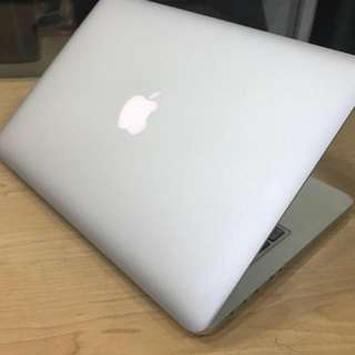 Macbook pro retina 13 mid 2014 like new