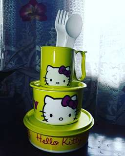 Paket tupperware hellokitty hijau