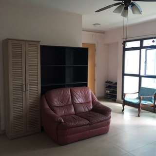 Jurong East-West Coast Single Room for rent