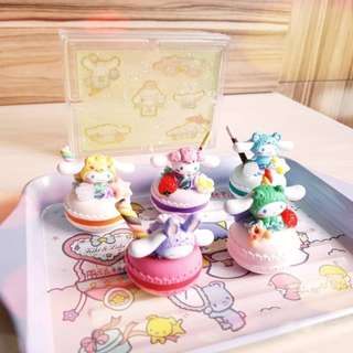 dressed-up cinnamoroll sanrio gashapon macaroons with dual mint-lilac cream
