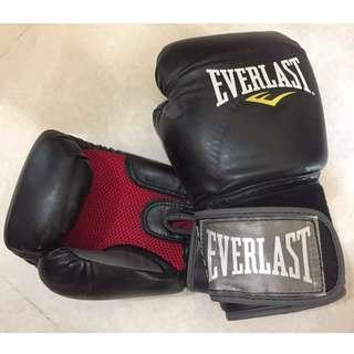 Everlast 7012 12oz 泰拳拳套 MMA Pro Style Muay Thai Gloves (Level II)