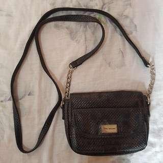 Purse / Sling bag
