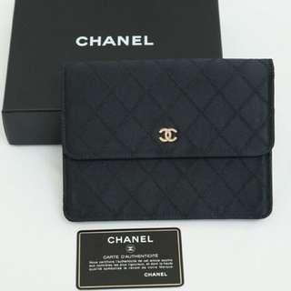 Chanel絹面17cm 有貼有卡有盒Size: 17x13x2cm