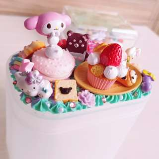 Decoden strawberry cupcake my melody cotton bud container