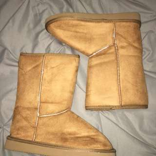 UNAUTHENTIC UGGS