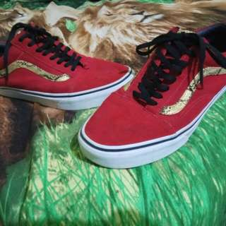 Sepatu / shoes Vans Snake Of the Year Red