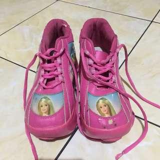 #MakinTebel Preloved Sepatu roda barbie