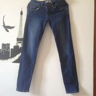 Jeans lois asli