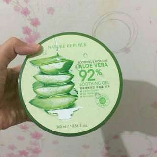 Nature Republic Smooth & Moisture Aloe Vera 92% - Gel Original - 300 ml.
