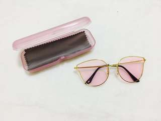 Free SF Pink Sunnies with case and wiper(free sf Metro Manila)