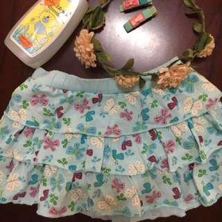Sale!!! Osh kosh bgosh floral skirt.