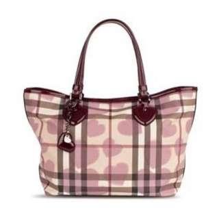International womens day sale!! Burberry limited edition Nova Check heart shape Tote Bag