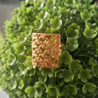 Zhulian Gold Ring